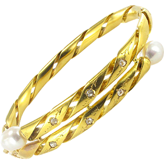 Antique Engraved Pearl Fine Diamond Gold Bangle Bracelet 18 Karats gold yellow