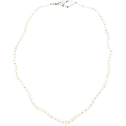 1930s Japanese Cultured Round White Pearl Necklace 18 Karats white gold