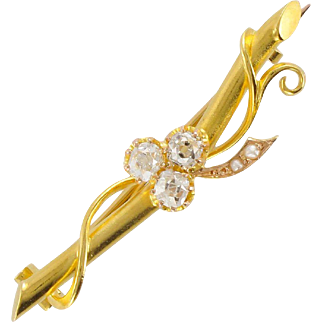 French 1900s Clover Leaf Diamond Natural Pearl Brooch, Belle Époque 18 Karats gold Yellow