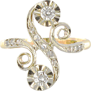 1900s French Art Nouveau Antique Diamond Two Gold S-Shaped Ring 18 Karats Yellow and White Gold