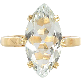 French 1960s 3.40 Carat Aquamarine 18 Karats Yellow Gold Ring