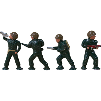GI Joe Mini Lead Figures   WWII Army Men Figurines   Bugle Rifle Flame Thrower