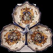 French Antique Gien Pottery Trilobe Serviteur Servant XIXth Century Italienne Renaissance