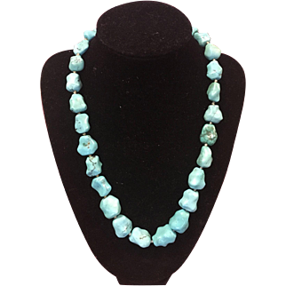 Beautiful Sterling Silver and Turquoise Nuggets Necklace