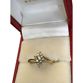 Gold Ring with a Cluster of Diamonds