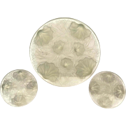 French Verlys Opalescent Art Deco Glass Platter and Wine Bottle Coaster Set with Clam Shells and Seaweed. 1930s Irridescent Art Glass.
