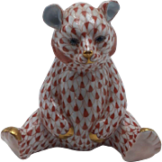 Herend Seated Rust Fishnet Bear