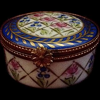 "Exquisite Limoges Hand Painted ""Peint Main"" JD Dumont Trinket Box"