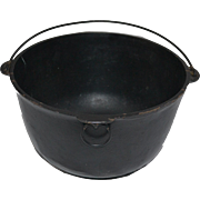 Yellow Bowl, Wagner Ware Sidney -0- 4 Yankee Bowl Cast Iron Cauldron