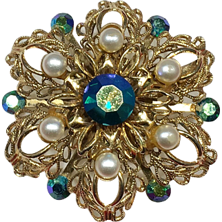 Vintage Goldtone Filigree Brooch with Blue-green Aurora Borealis Rhinestones and Faux Pearls