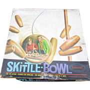 VINTAGE Game of Skittle Bowl. Complete. 10 Wooden Bowling Pins. Excellent Condition