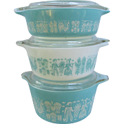 Set of 3 Vintage Pyrex Cinderella Covered Casserole Dishes . Turquoise and White Butterprint with Lids.
