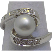 Vintage Estate Ring Light Grey Cultured Pearl 8mm Prong Set Diamonds White Gold - Ladies - Size 9 - 14 karat 14k