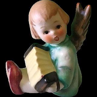 Joyous News Angel with  Accordion - Hummel I/39/0