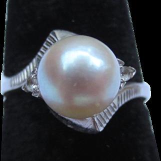 Sleek Mid Century 18k White Gold Pearl and Diamond Vintage Ring