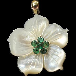 Sweet 14k Gold & Emerald Mother Of Pearl Vintage Flower Pendant