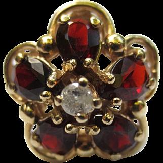 14k Gold Garnet & Diamond Vintage Flower Ring
