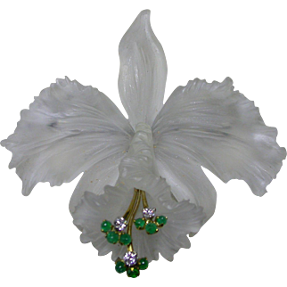 Carved Rock Crystal 18K White Gold, Diamonds and Natural Emeralds Brooch.