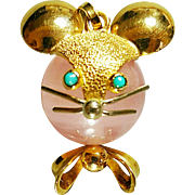 Hallmarked 750 the European Hallmark for 18 Karat Yellow Gold Rose Quartz Mouse Pendant