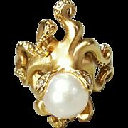 Hallmarked 14 karat Yellow Gold Steven Douglas Company Pearl and Diamond Octopus Ring