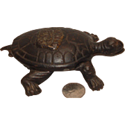 Vintage Cast Iron TURTLE Match safe Promoting Garland Stoves