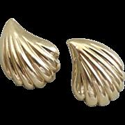 14K Gold Shell Pattern Earrings