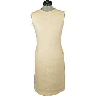 Vintage Off White Sleeveless Fitted Shift Dress