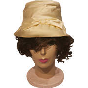 Vintage Off White Beige Satin Sateen Bridal Wedding Bucket Hat With Front Bow