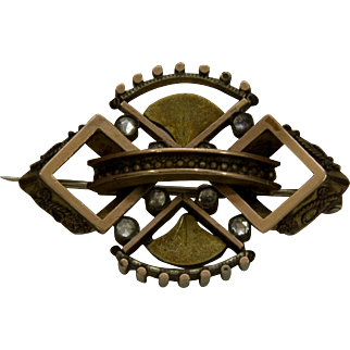 Vintage Victorian Style Brooch with C Clasp and Rhinestones