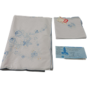 Vintage Peacock Floral Tablecloth with 8 Matching Napkins, 9 Piece Set, New with Tags