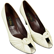"""Vintage Sesto Meucci """"Villy"""" Off White Leather High Heeled Italian Shoes, 7 M with Original Box"""