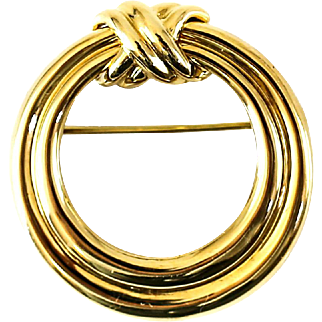 Tiffany & Co. 18 Karat Yellow Gold Round Brooch with Twisted Rope Design