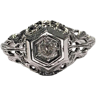 18k White Gold Art Deco Dome Filigree Diamond Hand Engraved Ring Size 4 1/2