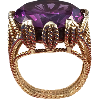 Vintage 14 K Yellow Gold Ring With Amethyst, Ring Size 7