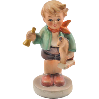 Hummel petite figurine, Boy with Horn and Horse 239/C