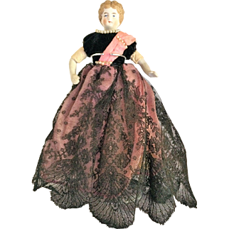 German Bisque Shoulder (China) Head Doll With Brown Molded Hair c 1890-1910