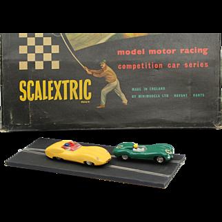 SCALEXTRIC C.M.3 box set made by Tri-ang England ca 1960 vintage slot car racing set