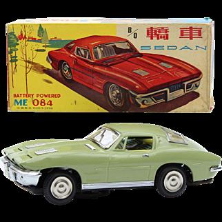 China Shanghai tin toy ME 084 sedan Corvette ca  1960 original box battery operated