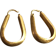 SALE: Vintage 14K Gold Oval Hoop Earrings
