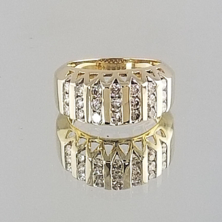 1970's Ladies Channel Set Band / 10k Yellow Gold