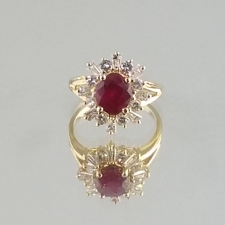 Ruby and Diamond Ring / 18k Yellow Gold Vintage Ballerina Ring