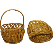 Lovely Vintage Miniature Basket Woven Reed for dollhouse 1930's