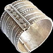 vintage Bedouin Yemeni Silver Hinged Bracelet 1930th