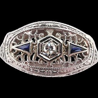 Vintage 1920's Art Deco Diamond & Sapphire Ring Filigree 18k White Gold sz 9