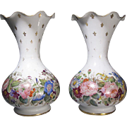 A pair of opaline crystal vases BACCARAT