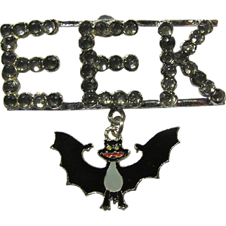 """EEK"" Vintage Halloween Pin With Dangling Bat"