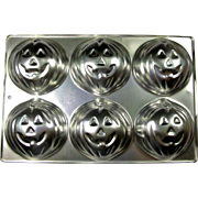 40% OFF! Wilton Halloween Jack-o-Lantern 6 Mini-Cake Pan 1983