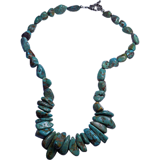 Vintage Native American Sterling Silver Navajo Genuine untreated Turquoise Bead Necklace.