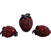 Stunning Pristine WEISS Red Rhinestone Strawberry Brooch Pin and Earring's Set!