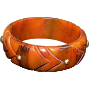 Vintage butterscotch deep carved bangle bracelet unusual brass inlaid accents